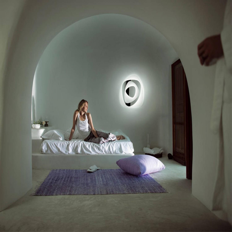 Leucos aureliano toso collezione air plafoniera soffitto parete con diffusore composto da - Lastre di specchio ...