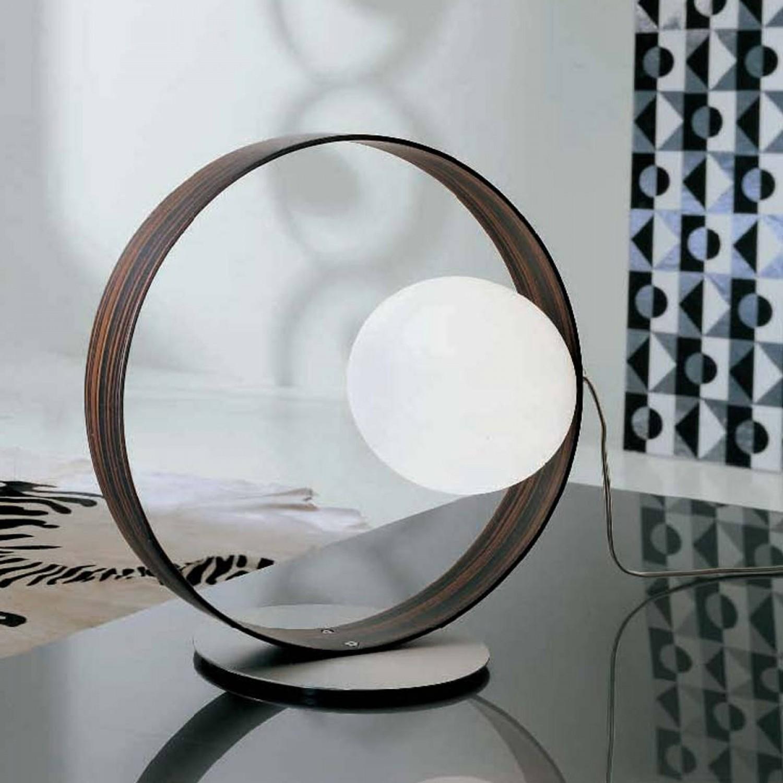 LEUCOS ITRE collezione GIUKO\', lampada da tavolo con diffusore in vetro  bianco soffiato, 1 punto luce bispina (G9)