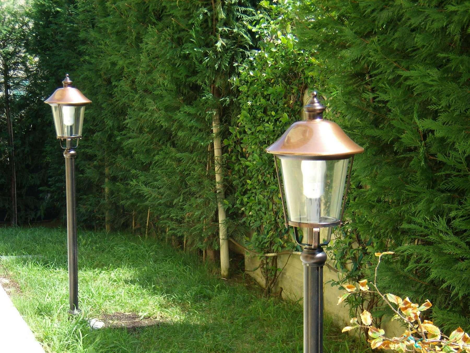 Plafoniere Da Palo Per Esterno : Pierlux illuminazione